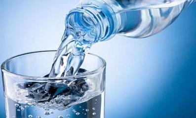 кислоту в воду или наоборот